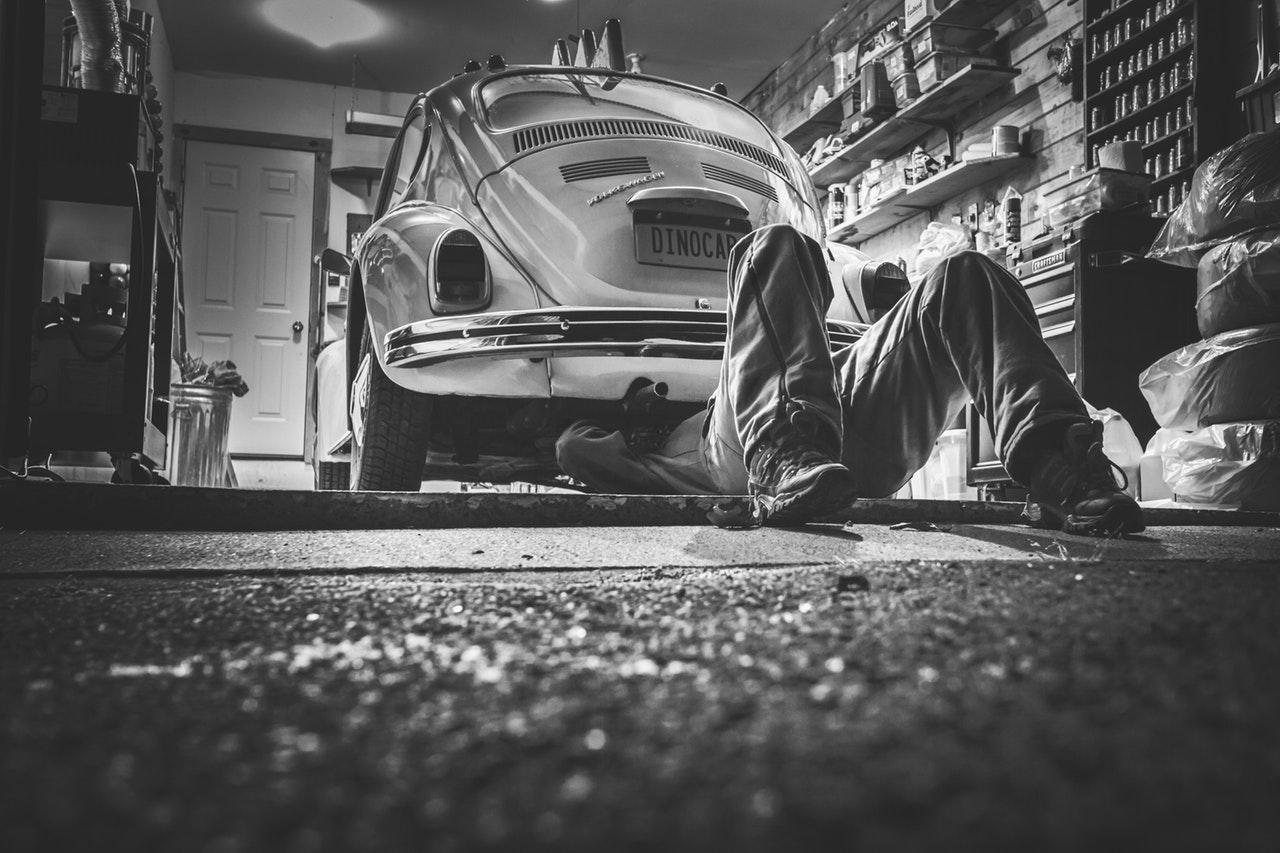 Nova letna dajatev za lastnike odjavljenih vozil
