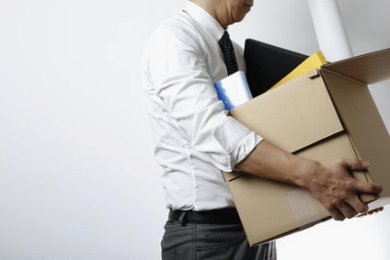 Kako delodajalec poda redno odpoved pogodbe o zaposlitvi?