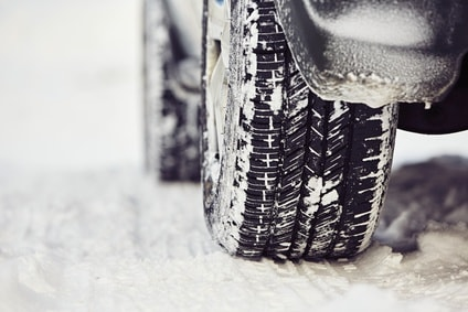 Kdaj in kako morajo biti motorna vozila opremljena za zimo?